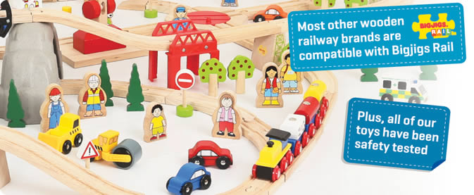 Bigjigs - Compatible with most other train sets